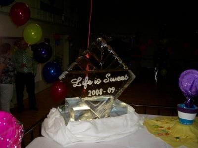 Party Grade 8 Ice Sculpture