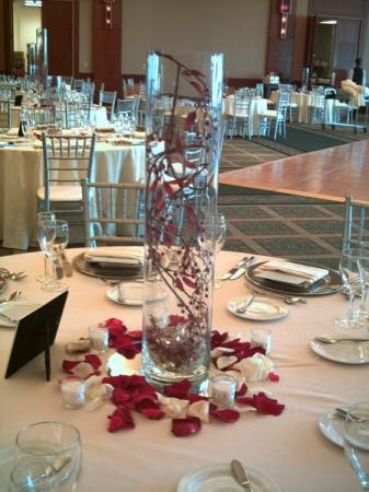 Vines and Lights Centerpiece