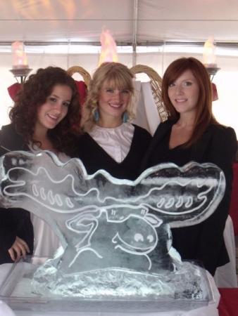 Moose Winoskies LOGO Ice Sculpture